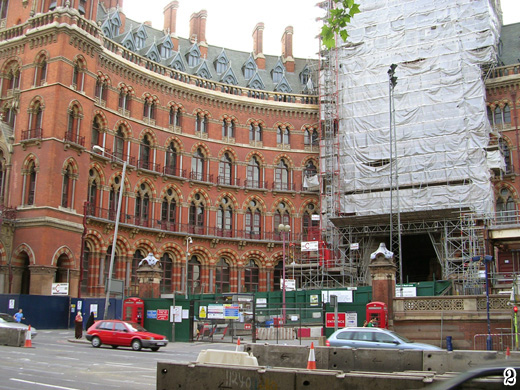St. Pancras scaffolding