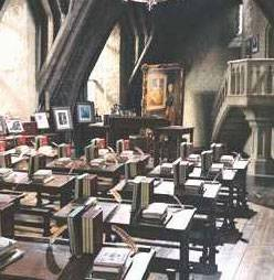 Defence Against the Dark Arts classroom - PS/f