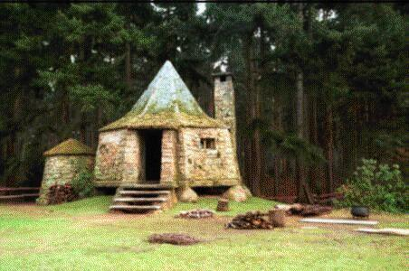 Movie still of Hagrid's Hut.